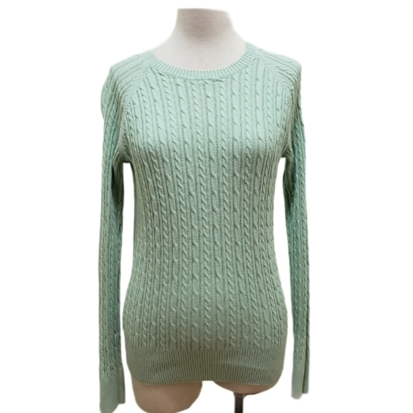 3for$20. Cute sweater m